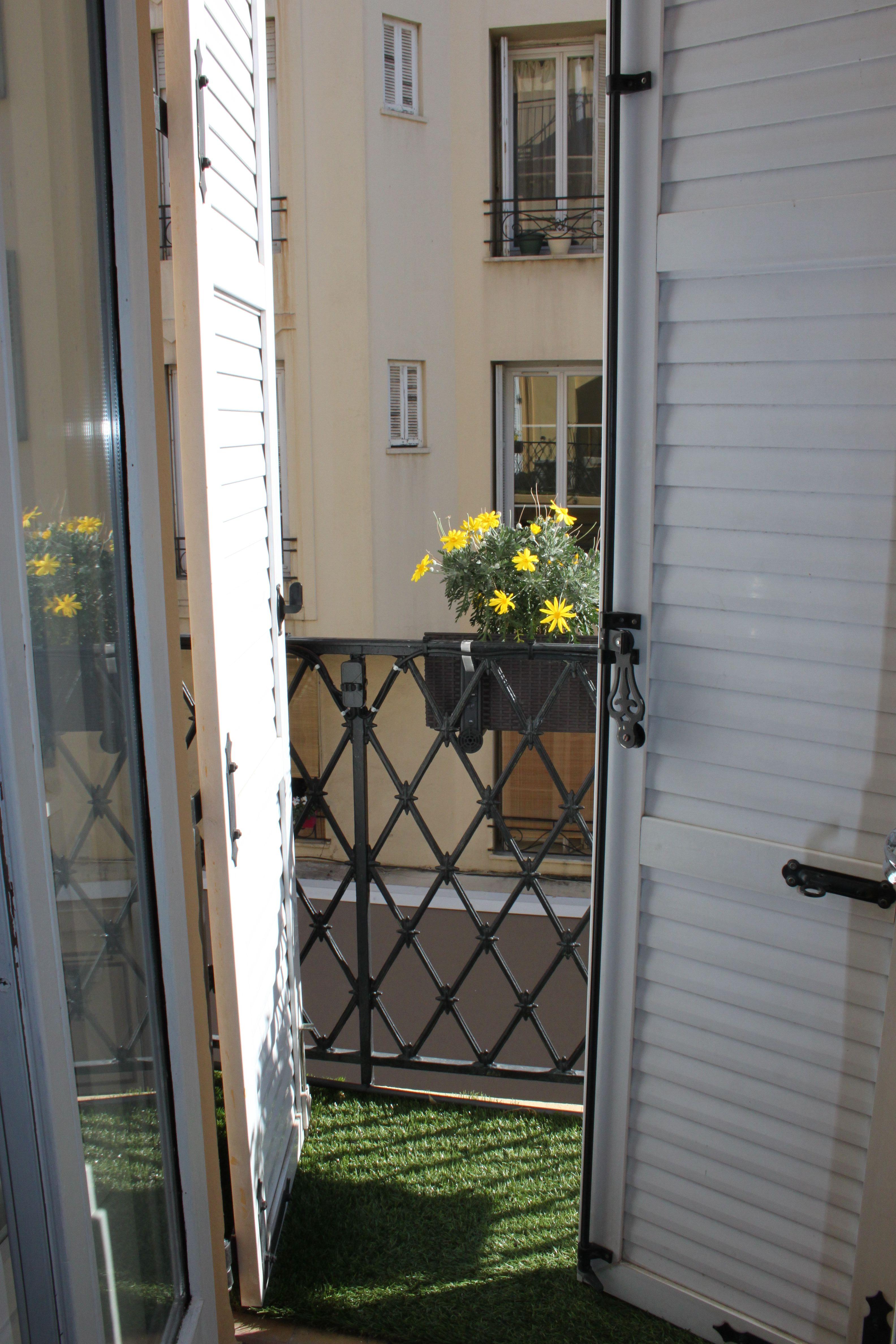 una finestra su Cannes stanza 5 hotel Carolina a Cannes di #viaggiareapois