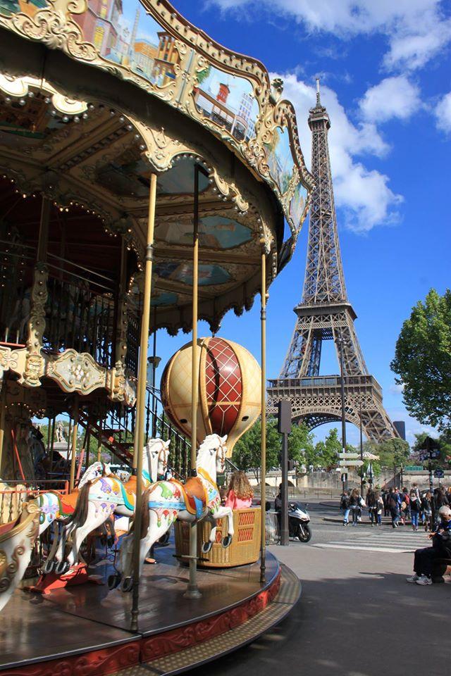 giostra e torre eifel a parigi di #viaggiareapois