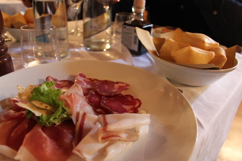 gnocco fritto e salumi brescia osteria del michelas di #viaggiareapois