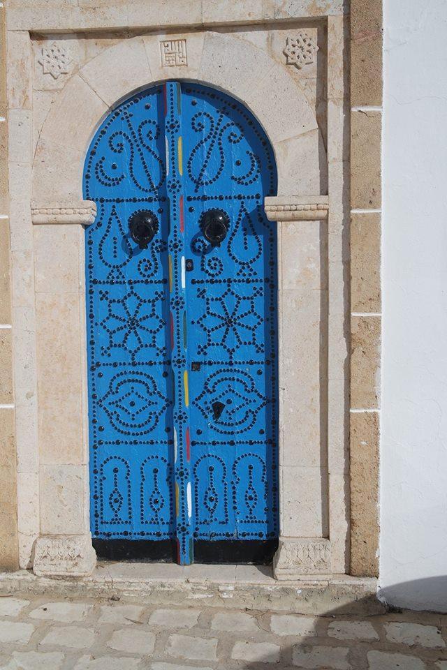 porta alta blu sidi bou said #viaggiareapois
