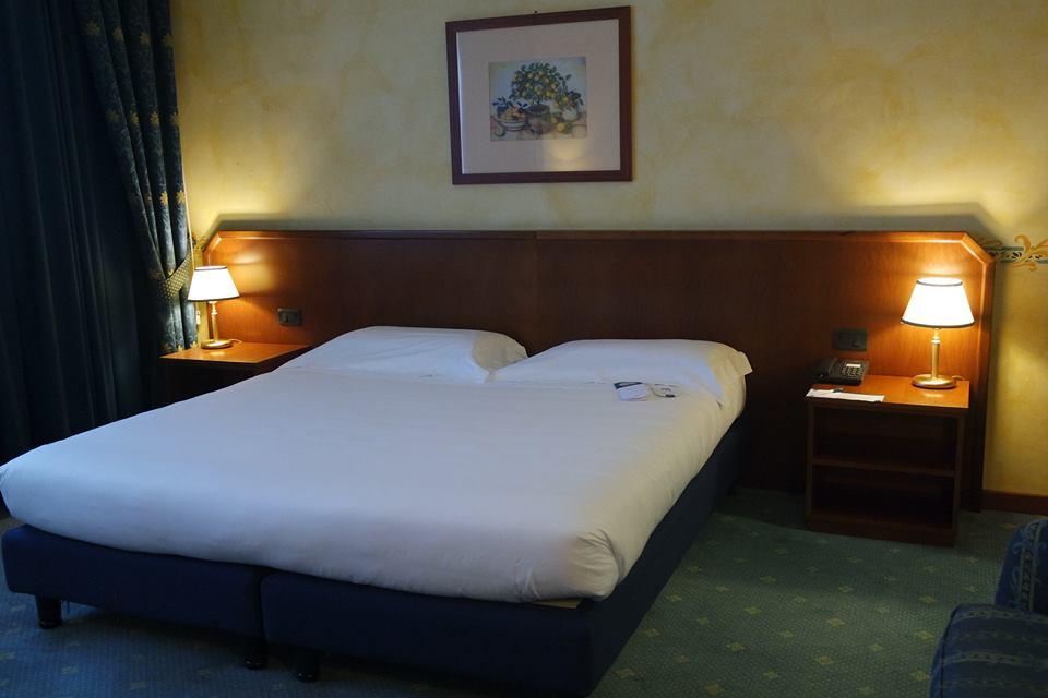 camera doppia una hotel brescia #viaggiareapois